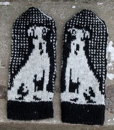I have 3 Jack Russells that enrich my life. Funny dogs that now inspires me to one of my other interests, mittens!