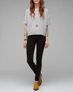 casual: longer & long-sleeved sweater
