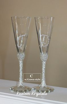 Swarovski Crystal embellished toasting flutes, toasting glasses, champagne flutes. custom. STEM W/ INITIALS