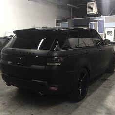 car, black, and range rover Bild Range Rover Schwarz, Matte Black Range Rover, Matte Black Cars, My Dream Car, Dream Cars, Maserati, Rolls Royce, Porsche, Automobile