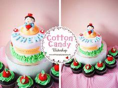 Snow White cake & cupcakes