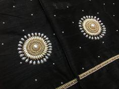 Kerala Saree Blouse Designs, Saree Blouse Neck Designs, Simple Blouse Designs, Kurta Neck Design, Mirror Work Blouse Design, Kurti Embroidery Design, Designer Blouse Patterns, Bead, Bridal