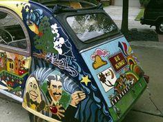 Citroen 2CV art World Street, Street Art, 2cv6, Car Humor, Le Mans, Psychedelic, Cars Motorcycles, Flower Power, Graffiti
