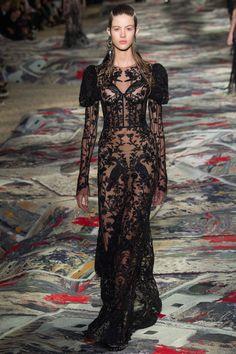 Alexander McQueen   Paris Fashion Week   Spring 2017 Model: Bara Podzimkova