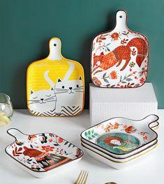 Pottery Painting, Ceramic Painting, Ceramic Art, Ceramic Design, Grafik Design, Clay Projects, Plaque, Tray Bakes, Ceramic Pottery