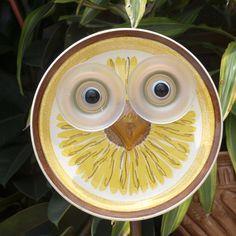 Whooo Owl Hoot Glass Plate Flower repurposed par ARTfulSalvage