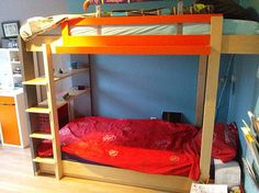 DIY Bunk bed by Hanneke, Design and manual by NeoEko. | Stapelbed zelf maken door Hanneke. Ontwerp en tekeningen door meubelwerktekening.nl