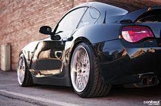 BMW M Coupe black rear stance Bmw Z4 M, Bmw I, Bmw New Models, Bmw Sport, Sport Cars, Bmw Z4 Roadster, Bmw Design, 135i, Mercedes Car