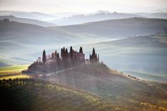 Belvedere farm, Val d'Orcia by Angelo Ferraris