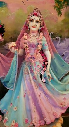 Radha Rani, Radha Krishna Love, Radhe Krishna, Shree Krishna Wallpapers, Lord Krishna Hd Wallpaper, Hare Krishna Mantra, Krishna Bhajan, Ganesh Lord, Lord Krishna Images