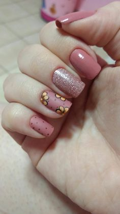 Coconut Milk Shampoo, Magic Nails, Red Nails, Manicure And Pedicure, Pretty Nails, Flower Designs, Nail Art Designs, Hair Beauty, Make Up