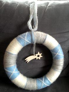 christmas yarn wreat Christmas Yarn, Washer Necklace, Jewelry, Jewellery Making, Jewelery, Jewlery, Jewels, Jewerly, Fine Jewelry