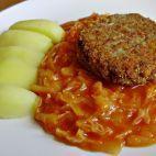 Paradajková kapusta • recept • bonvivani.sk Meatloaf, Beef, Recipes, Medicine, Cooking, Recipies, Meat, Ripped Recipes, Cooking Recipes