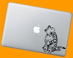 Sweet Calvin and Hobbes Vinyl Decal - Choose Color and Size Precision Cut Vinyl Graphic Decals shipped in 1 to 3 business days! These decals will Macbook Pro Stickers, Mac Decals, Vinyl Decals, Calvin Et Hobbes, Geek Chic, Things To Buy, Geek Stuff, Unique Jewelry, Creative