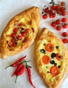 Ελληνικές συνταγές για νόστιμο, υγιεινό και οικονομικό φαγητό. Δοκιμάστε τες όλες Gf Recipes, Greek Recipes, Food Network Recipes, Cooking Recipes, Cooking Food, Cute Food, Yummy Food, Pain Pizza, The Kitchen Food Network