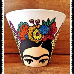 Idea Of Making Plant Pots At Home // Flower Pots From Cement Marbles // Home Decoration Ideas – Top Soop Flower Pot Art, Flower Pot Design, Flower Pot Crafts, Clay Pot Crafts, Diy And Crafts, Painted Plant Pots, Painted Flower Pots, Kahlo Paintings, Pottery Painting Designs
