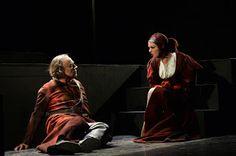 http://www.claudiagrohovaz.com/2016/11/macbeth-rassegna-prosa-al-teatro-coccia.html