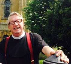 Father Brown, (Mark Williams) outside St Peter and St Paul Church, Blockley, during a break in filming Mark Williams Actor, Rory Williams, Bbc Tv Shows, Bbc Tv Series, Mystery Tv Shows, Tv Fr, Tv Detectives, Detective Series, Films