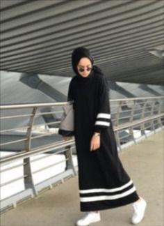 Moda Vestidos Largos Casuales New Ideas Hijab Casual, Hijab Chic, Abaya Fashion, Muslim Fashion, Modest Fashion, Muslim Dress, Hijab Dress, Dress Muslimah, Abaya Mode