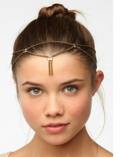 Grecian headband for more relaxed shows