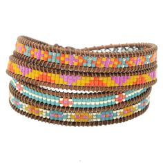Four intricate Miyuki Delica patterns tell a vibrant Southwest story in this quadruple-wrap Wrapit Loom bracelet. Natural leather and a tiny TierraCast button complete this boutique style project.