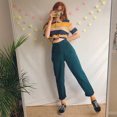 6ff4cf071825 The perfect pair of dark forest green vintage mom jeans 🌲💚 - Depop 90s Mom