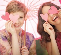 Nuestra pasión es el rosa, cantar y reír a carcajadas. #pasionmk