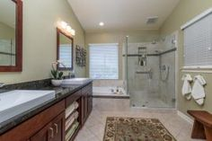 From a luxurious master bath to a small guest bathroom, Remodel Works is your expert for bathroom remodeling. View our bath remodels and contact us today!