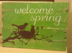 Welcome Spring Pallet Sign by designsatdaybreak on Etsy, $29.00