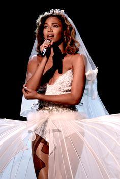 Beyoncé — danceivyou: Beyoncé x White Costumes