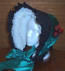 Tutorial: cardboard and duct tape bonnet Tea Party Crafts, Silly Gifts, Christmas Carol, Dark Christmas, Bonnet Pattern, Victorian Hats, Christmas Program, Hat Tutorial, Diy Costumes