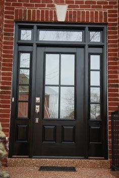 Black Front Door Designs for An Elegant-Looking Living Space - 7 Amazing Black Front Door Ideas - Black Front Doors, Wood Front Doors, Front Door Entrance, House Front Door, Front Entrances, Entry Doors, Front Porch, Front Entry, Front Door Design
