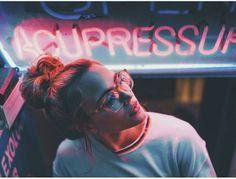 Photographer To Inspire: Brandon Woelfel - Simple + Beyond Neon Photography, Street Photography, Portrait Photography, Fashion Photography, Amazing Photography, Charlotte Mckee, Outdoor Portrait, Tmblr Girl, Fashion Fotografie