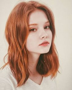 Beautiful Red Hair, Beautiful Redhead, Red Hair Woman, Woman Face, Female Character Inspiration, Redhead Girl, Grunge Hair, Aesthetic Girl, Pretty Face