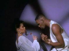 R. Kelly performing Honey Love. (C) 1992