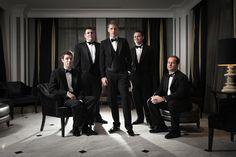 The boys are back #blisschicago #weddings #men #groom #groomsmen #blacktie #suitandtie #classic #dramatic