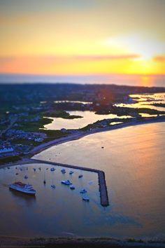 Old Harbor, Block Island, Rhode Island - michaela medina harlow - thegardenerseden.com New England