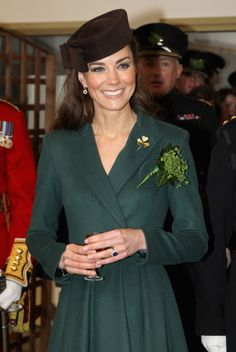 Kate Middleton Photos Photos: The Duchess Of Cambridge Visits The Irish Guards On Their St Patrick's Day Parade Duchess Kate, Duke And Duchess, Duchess Of Cambridge, Princess Kate Middleton, Kate Middleton Photos, Pippa Middleton, Princesa Real, Herzogin Von Cambridge, St Patricks Day Parade