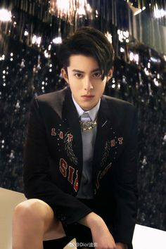 30 Pictures Of Dylan Wang Of Netflix's 'Meteor Garden' That Make Him Bad For All The Good Reasons Meteor Garden Cast, Meteor Garden 2018, Shan Cai, Netflix, Handsome Korean Actors, K Wallpaper, Boys Over Flowers, Chengdu, Kdrama Actors