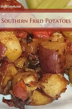 Southern Fried Potatoes compliment many dishes, are easy to cook and are a favorite on any table. This recipe use a cooking hack that works for most fried potatoes. Potato Side Dishes, Vegetable Dishes, Vegetable Recipes, Recipes Potatoes Side Dishes, Potato Recipes, Pumpkin Recipes, Comfort Food, Side Dish Recipes, Thai Recipes