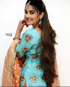 Beautiful Suit, Beautiful Girl Photo, Beautiful Girl Indian, Most Beautiful Indian Actress, Beautiful Women, Teenage Girl Photography, Girl Photography Poses, Modelling Photography, Desi Girl Image
