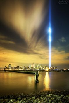 New York City.I love the World Trade Center memorial lights. Hotel A New York, New York City, World Trade Center, Empire State, Beautiful World, Beautiful Places, 11 September 2001, Wide Angle Photography, New York