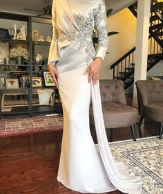 Beautiful long wedding dress by Davis Paul Lister DPLKL - hijab ideas Muslimah Wedding Dress, Hijab Wedding Dresses, Event Dresses, Bridal Dresses, Malay Wedding Dress, Hijab Evening Dress, Hijab Dress Party, Lace Evening Dresses, Dress Pesta
