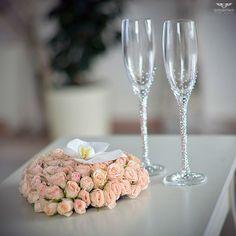 GORODETSKIY EVENT AGENCY   Белоснежная свадьба Дмитрия и Марии Подушечка для колец. Wedding Ring Pillow