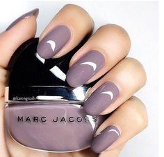 Love love this colour !