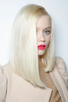 This sleek and sophisticated hairstyle is perfect for a day to night look and can be easily created w/ a flat iron or barrel curling iron. Short Blonde Haircuts, Long Bob Hairstyles, Summer Hairstyles, 2014 Hairstyles, Popular Hairstyles, Blonde Hairstyles, Haircut Long, Asymmetrical Hairstyles, Hair Styles 2014