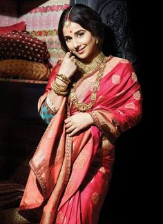 Do you want to look like a Bollywood bride on your wedding day? Get gorgeous at your D-day by these Bollywood inspired Bridal looks- Bollywood inspired bri Latest Indian Saree, Indian Sarees, Bengali Saree, Bengali Bride, Sabyasachi Lehengas, Organizer Box, Banaras Sarees, Indian Attire, Indian Wear