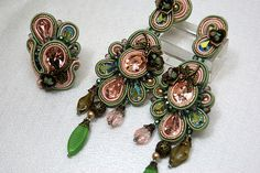 ROSE PINK AND GREENS.........palace green emerald.....                                     Soutache Ring and Earrings