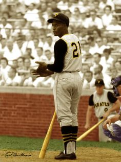 Roberto Clemente, Pittsburgh Pirates, approaches the plate at Wrigley Field in Chicago, August 1963 - (Don Sparks/National Baseball Hall of Fame Library) National Baseball League, Negro League Baseball, Baseball Players, Hockey, National League, Baseball Uniforms, Football, Pittsburgh Pirates Baseball, Pittsburgh Sports