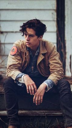 "Cole Sprouse Is Just One of Several Ridiculously Good-looking People in the ""Riverdale"" Cast The lineup from the CW's new show ""Riverdale"" stars Cole Sprouse and a few other insanely attractive, up-and-coming actors."